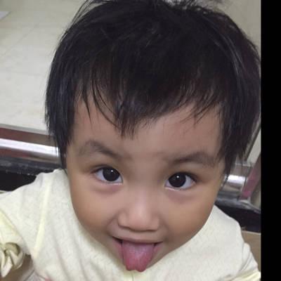 宝宝这样的舌头算是舌息带过短吗?很早就会说