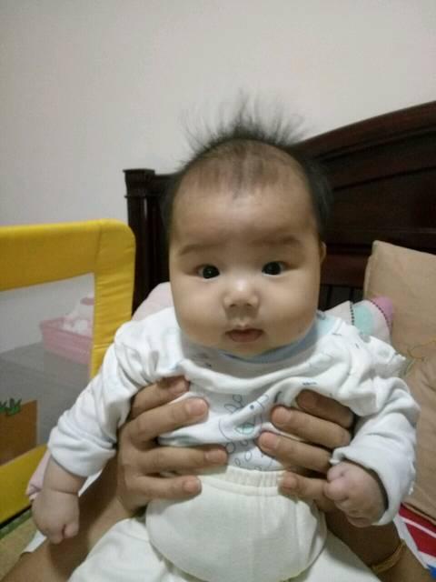 四个月宝宝咳嗽有痰老不好