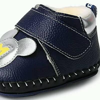 各宝妈们,刚一岁学走路的宝宝应该穿哪一种鞋